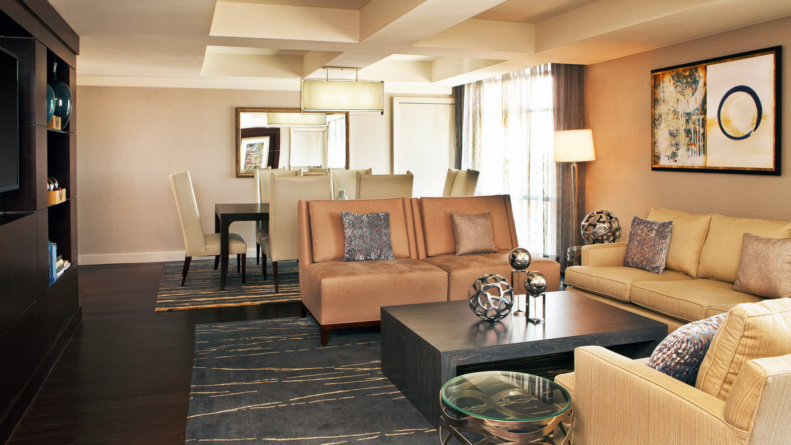 Portland maine accommodations the westin portland harborview for The family room portland